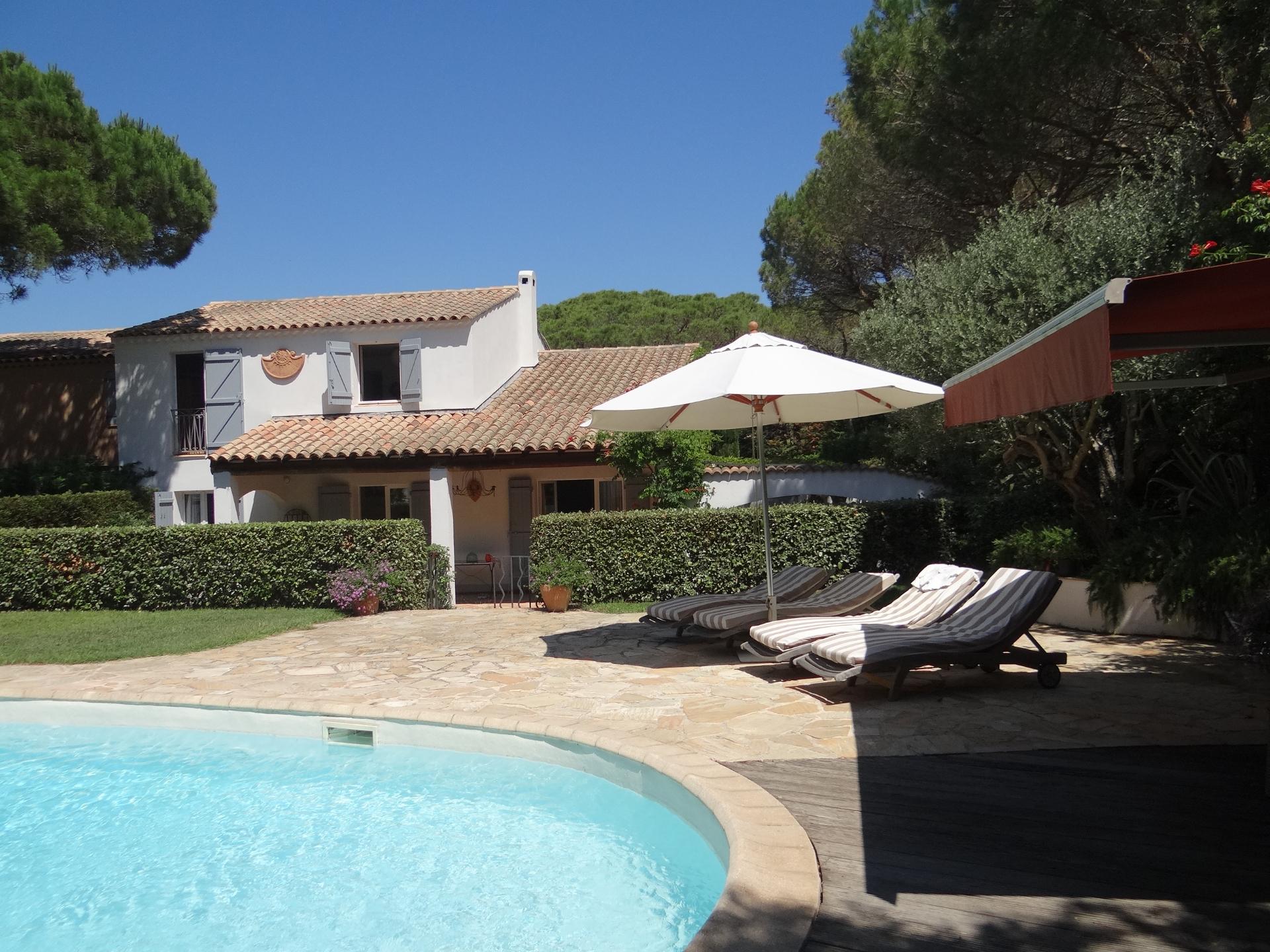 A vendre villa 170 m ramatuelle guillec immobilier for Immobilier ramatuelle