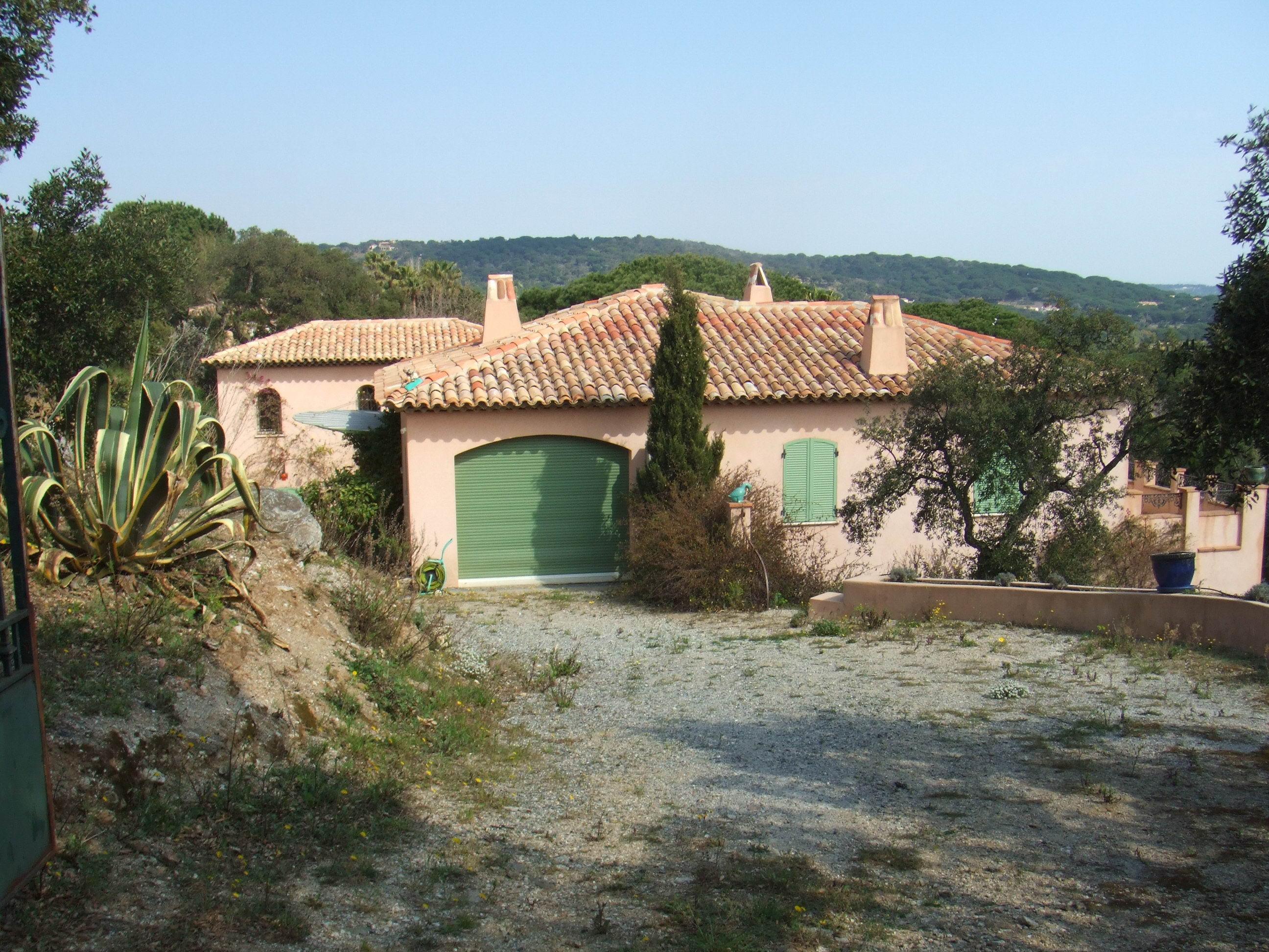 A vendre villa 350 m ramatuelle guillec immobilier for Immobilier ramatuelle