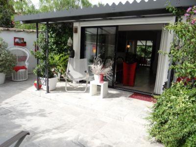 Immobilier saint tropez gassin ramatuelle grimaud la - Maison moderne avec jardin saint paul ...
