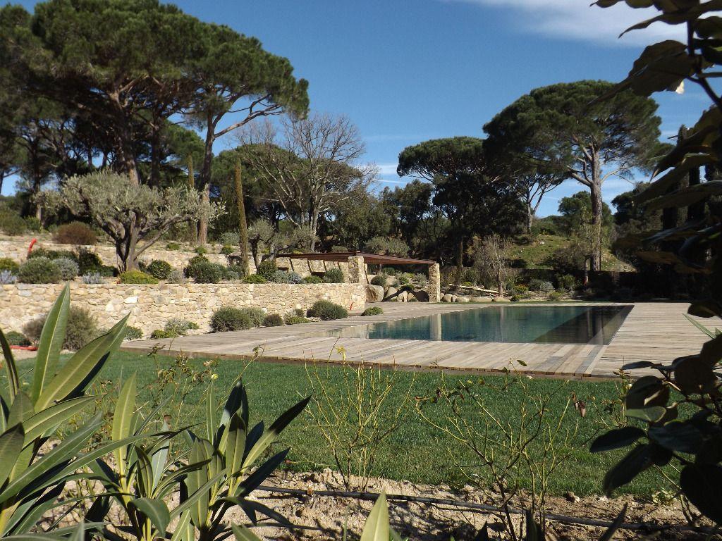 Villa a vendre 83350 ramatuelle pi ces 230 m guillec immobilier for Immobilier ramatuelle