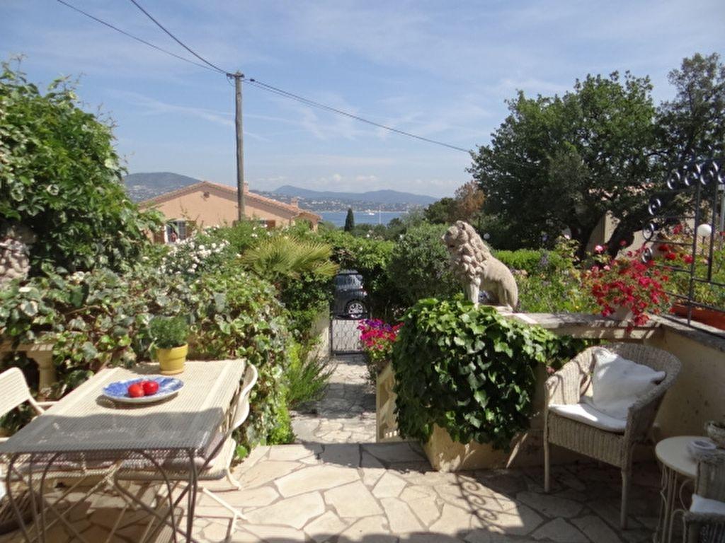 A vendre villa m gassin guillec immobilier for Terrasse et cie immobilier