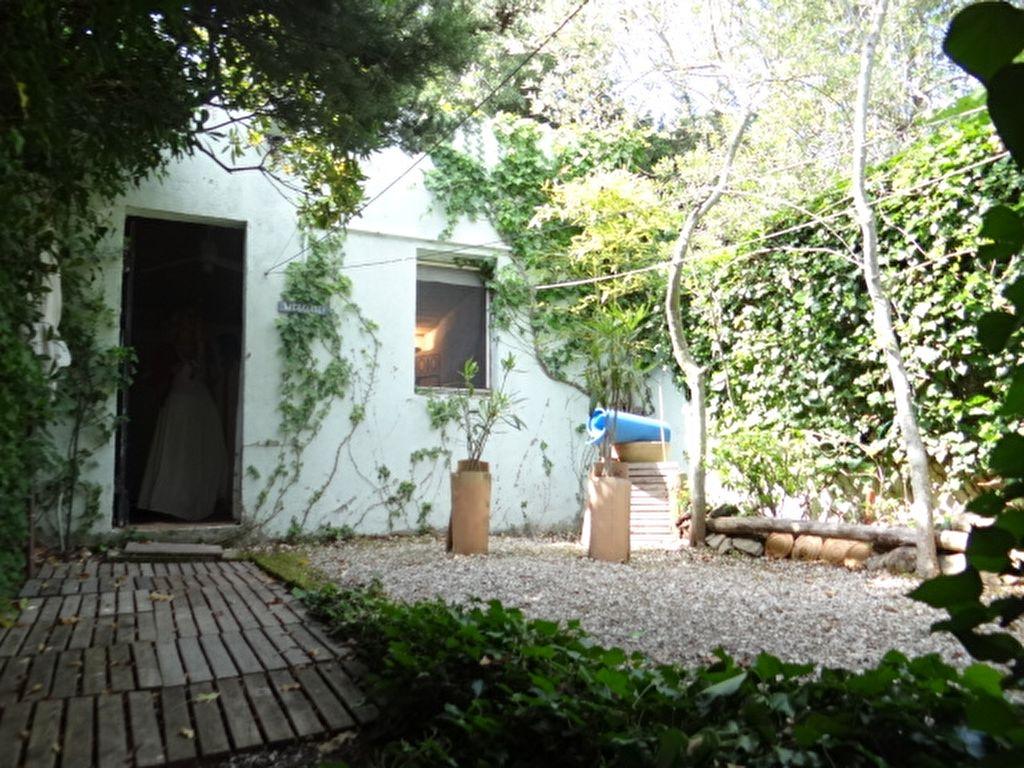 Villa a vendre 83580 gassin pi ces m guillec - Maison moderne avec jardin saint paul ...
