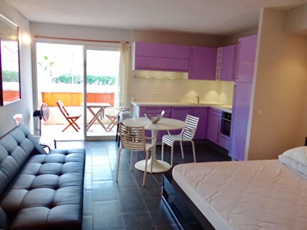 A vendre appartement m saint tropez guillec - Residence mohammedia avec piscine ...