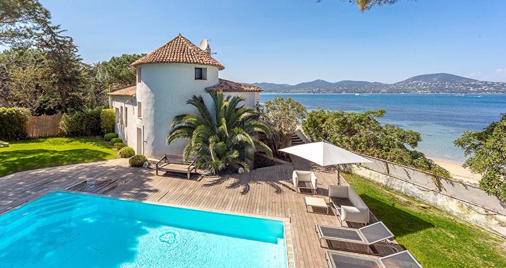 A vendre villa 200 m saint tropez guillec immobilier for Immobilier ramatuelle