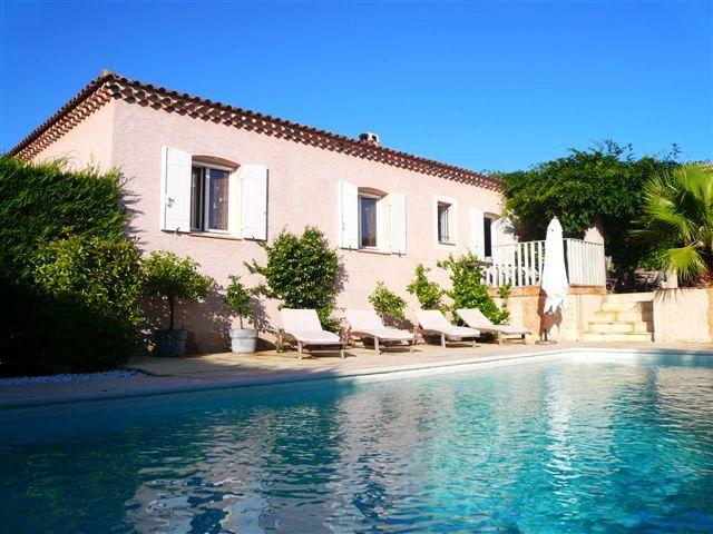 Une belle maison avec piscine images - Belle maison avec piscine ...