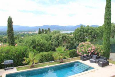A vendre villa 220 m gassin guillec immobilier for Camping saint tropez avec piscine