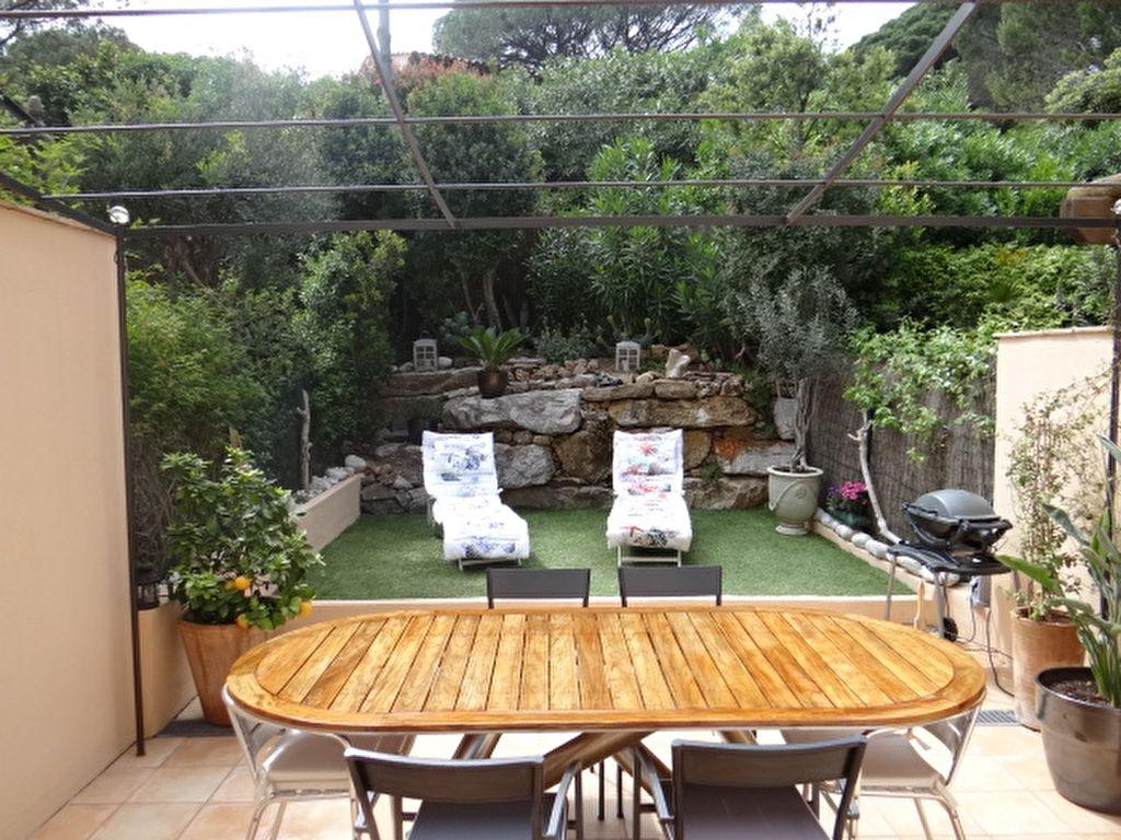 Achat vente villa gassin villa a vendre gassin for Achat maison avec jardin