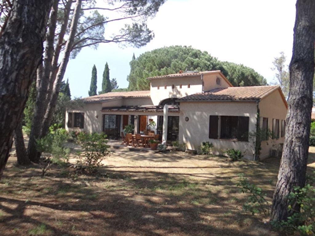 Achat vente villa gassin villa a vendre gassin for Achat maison st tropez